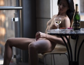 content/022616_laima_balcony_champagne_and_dildo_masturbation_in_public/1.jpg
